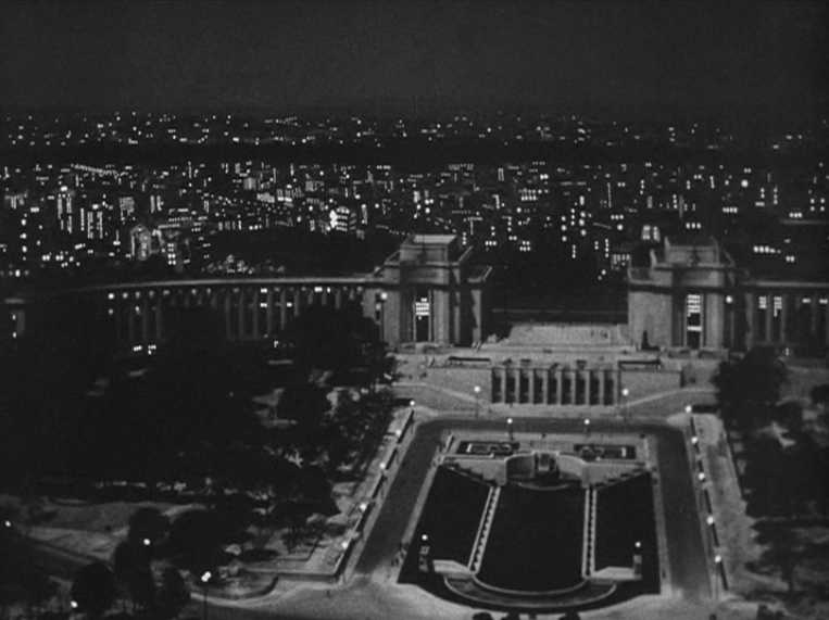 """View of Trocadero Paris in movie Ninotchka"""