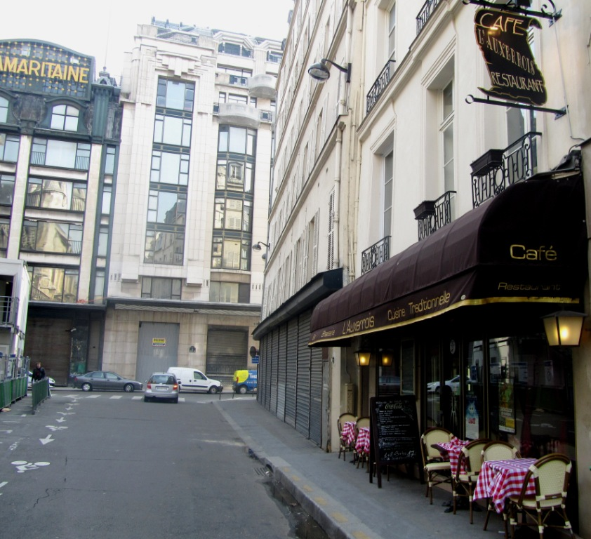 """rue des Pretres Saint Germain l'Auxerrois in Paris, a scene in the movie Taken in Paris"""