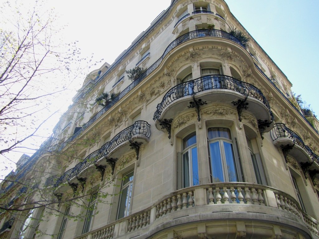 """rue messine paris house used in film Belle de Jour"""